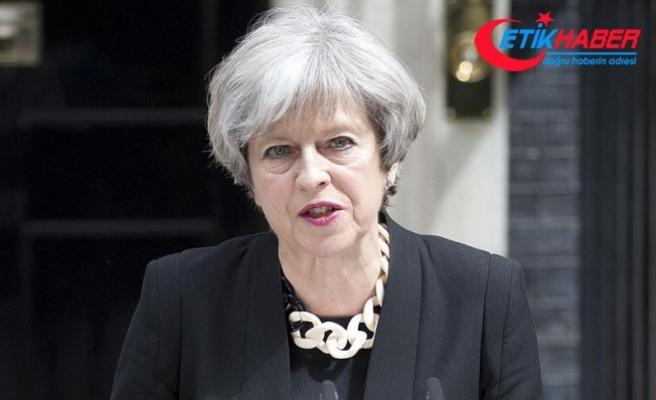Birleşik Krallık Myanmar'la askeri ilişkiyi askıya aldı