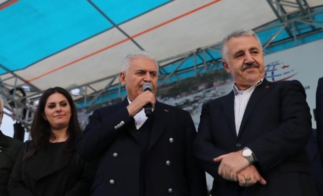 Başbakan Yıldırım: Türkiye'nin hızını kesmeye yönelik projeler bize sökmez