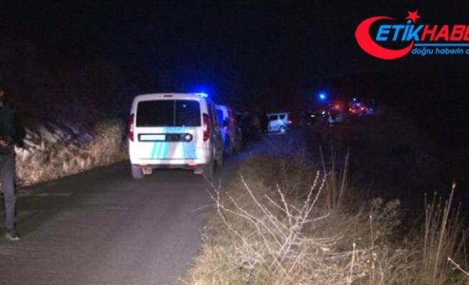 Başkent'te Evli Çifti İnfaz Eden Katil, Yakalanacağını Anlayınca Kafasına Sıktı