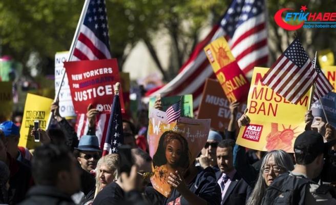 Beyaz Saray önünde Trump'ın 'seyahat yasağı' protesto edildi