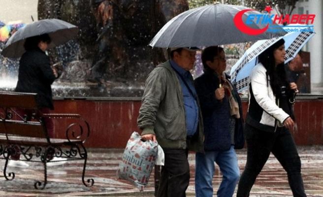 Edirne'de sağanak yağış başladı