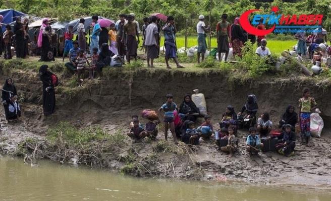 'Bangladeş'teki kamplardaki Arakanlı sayısı 820 bine ulaştı'