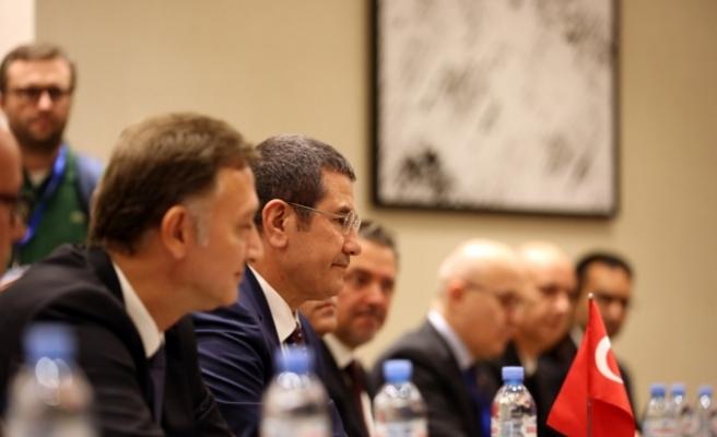 Milli Savunma Bakanı Canikli, Gürcistan Savunma Bakanı Izoria ile bir araya geldi
