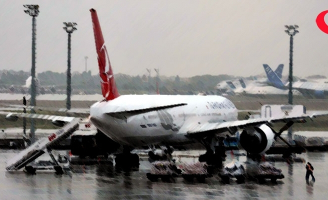 Atatürk Havalimanı'nda kuş sürüsü alarmı