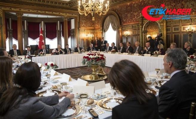 Başbakan Yıldırım ABD'de kanaat önderleriyle bir araya geldi