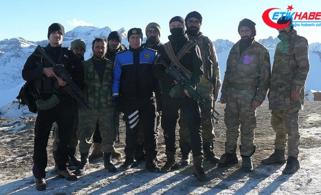 Buzul Dağı'ndaki Mehmetçik'e ziyaret