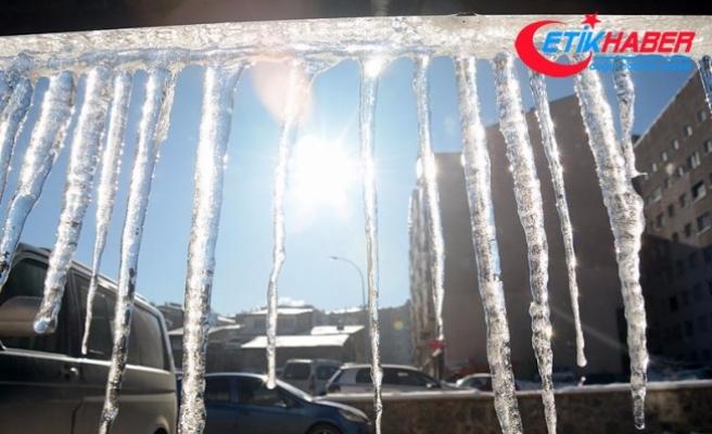 Doğu'da hava sıcaklıkları gece sıfırın altına düştü