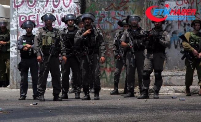 İsrail askerleri 23 Filistinliyi gözaltına aldı