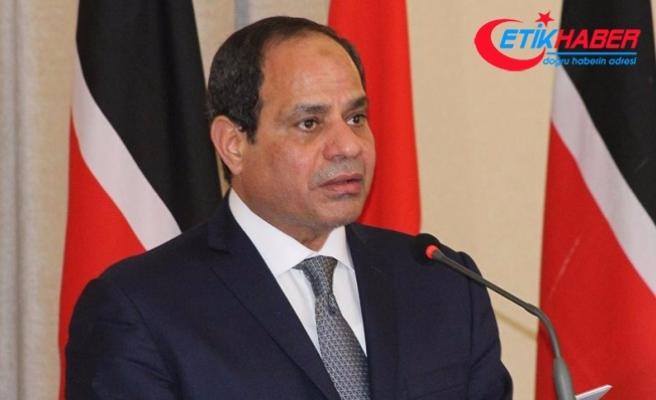 Mısır Cumhurbaşkanı Sisi'den 'acımasız güç' kullanılması talimatı