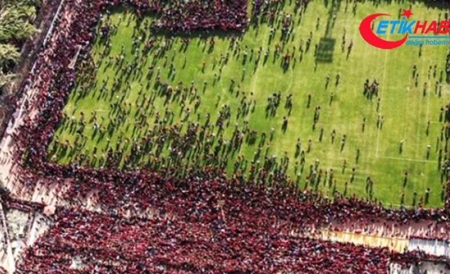Mısırlı Taraftarlar, Şampiyonlar Ligi Finali Öncesi Antrenmanı Bastı