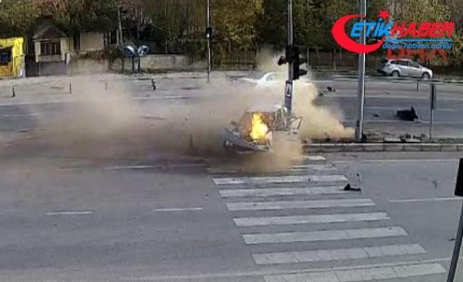 Otomobil alev alev yandı! İşte o feci kaza