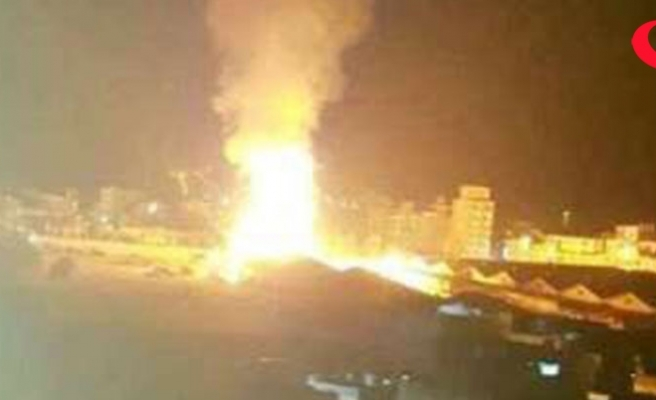 Suudi Arabistan Yemen'i vurdu