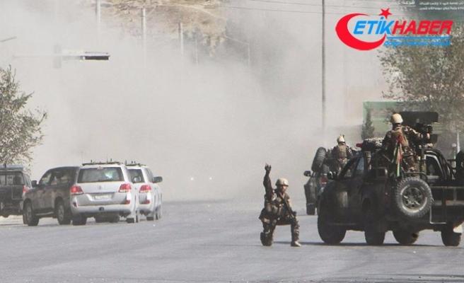 Taliban karakollara saldırdı: 22 polis öldü
