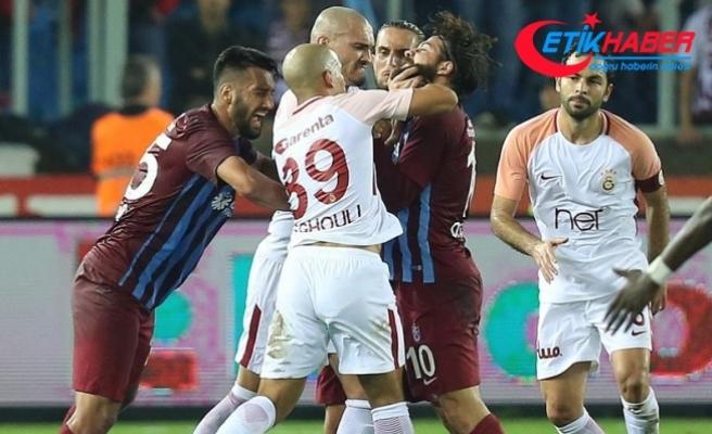 TFF'den Olcay Şahan ile Sofiane Feghouli'ye üçer maç men cezası