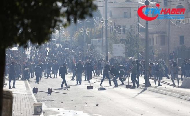 Batı Şeria'daki gösterilerde 108 Filistinli yaralandı