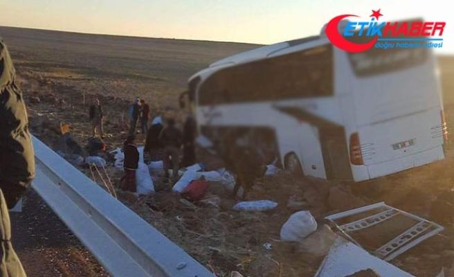Diyarbakır'da yolcu otobüsü kaza yaptı: 6 yaralı