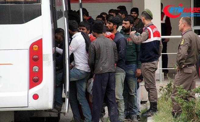 Edirne'de 336 kaçak ve sığınmacı yakalandı