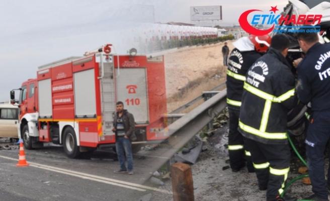 Gaziantep-Nizip karayolunda kaza: 5 ölü,