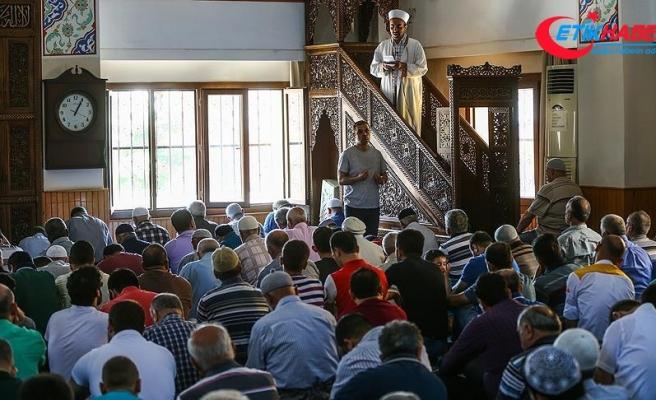 Hutbede 'kara cuma'dan duyulan rahatsızlık paylaşıldı