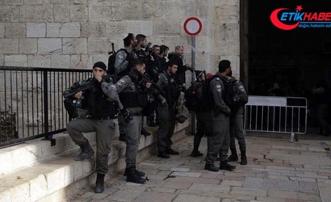 İsrail işgal altındaki Doğu Kudüs sokaklarında polis sayısını arttırdı