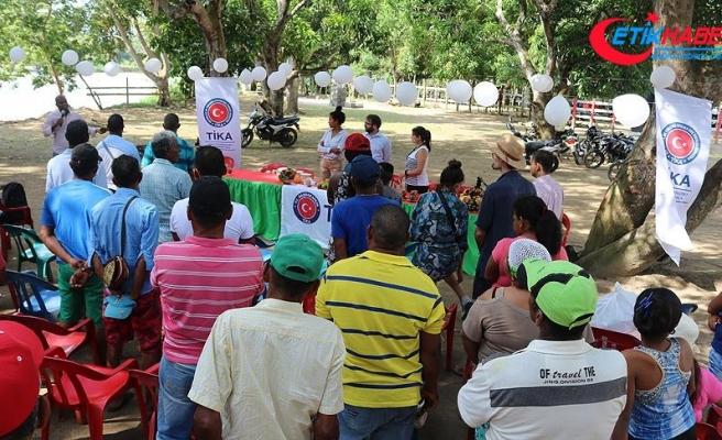TİKA'dan Kolombiyalı çiftçilere ekipman desteği