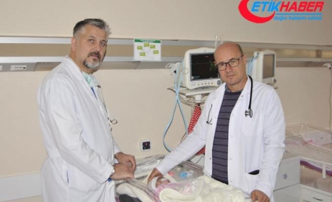 3 yılda kalp rahatsızlığı olan 100 çocuğu sağlığına kavuşturdular