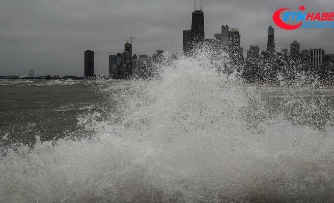 ABD'de kış dev dalgalara yol açtı