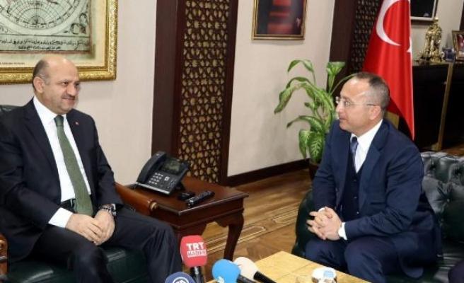 Başbakan Yardımcısı Işık: Halkın sesine kulak vermek her hükümetin görevidir