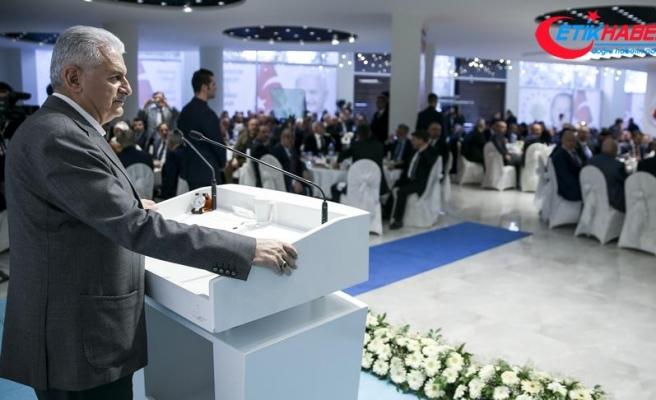 Başbakan Yıldırım: Türkiye'nin büyümesi için özel sektörün önünü açmak gerekir