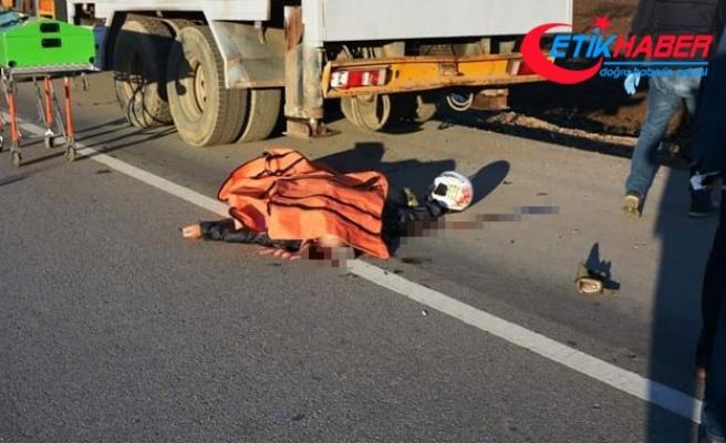 Biga'da vince arkadan çarpan motosiklet sürücüsü hayatını kaybetti