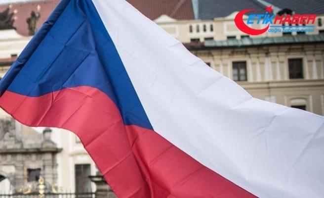 Çekya'da Cumhurbaşkanlığı seçimi ikinci tura kaldı