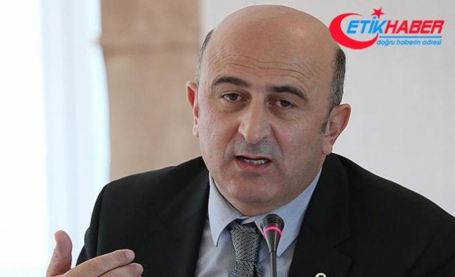 Eski YARSAV Başkanı Eminağaoğlu CHP'de genel başkanlığa aday