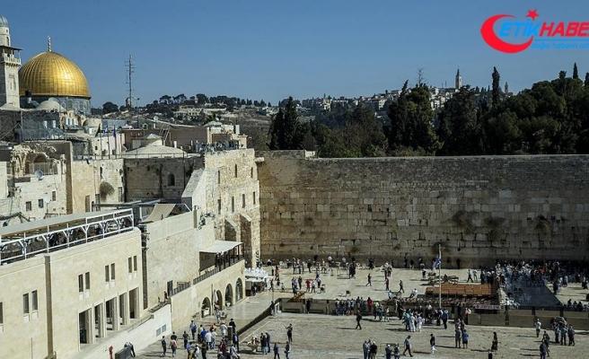 Kudüs İslami Vakıflar İdaresi Başkanı Hatib: Aksa'ya 2017'de 26 bin fanatik Yahudi baskın düzenledi