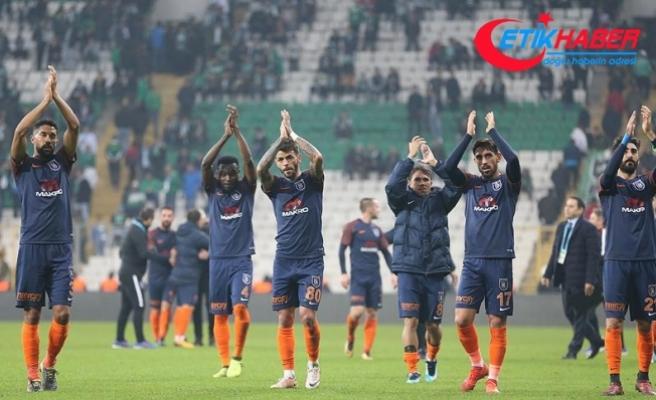 """Medipol Başakşehir, Beşiktaş'ın """"kabusu"""""""