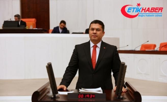 MHP'li Ersoy: Bürokraside Türkiye Cumhuriyeti Vatandaşlığı Haricinde Başka Bir Yapıya Aidiyetlik Hissetmeyenler Yer Almalı!