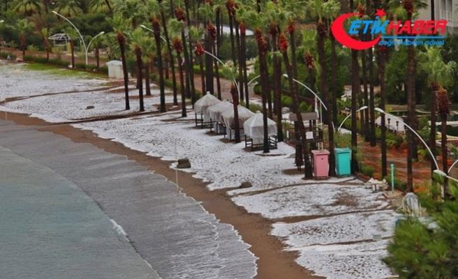 Muğla Marmaris'te Dolu Manzarası