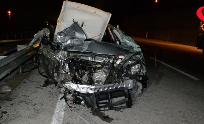 Nişan dönüşü kaza: 2 ölü