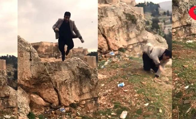 Ölüme götüren zıplayarak atlayış pozu kamerada