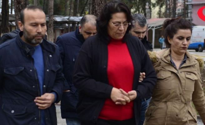 Sahte belge düzenleyip kardeşinin 280 bin lirasını aldı