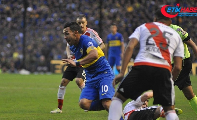 Tevez yeniden Boca Juniors'ta