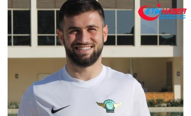 Trabzonspor'da sol beke son aday Ömer Bayram