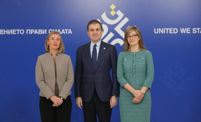 AB Bakanı Çelik: Avrupa ordusu tartışmalarında Türkiye de dinlenmeli