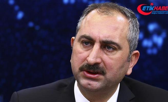 Adalet Bakanı Gül: Şehide haciz başlatan avukat hakkında baroya müraacat ettik