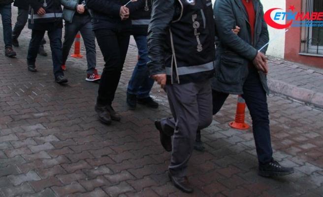 """Balıkesir'de 5'i muvazzaf 9 astsubay ile bir """"mahrem asker imamı"""" yakalandı"""