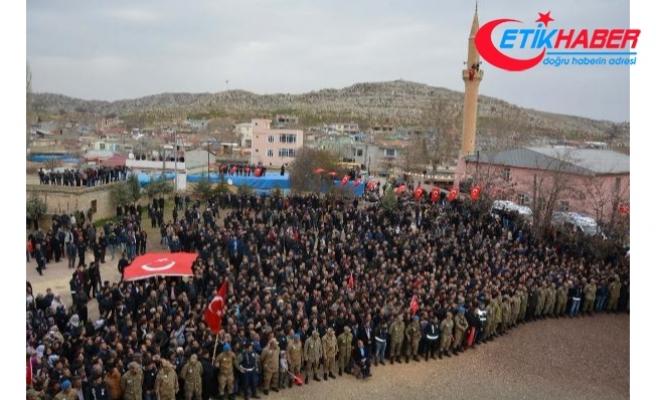Afrin şehidi Enes Sarıaslan'ı 10 bin kişi uğurladı