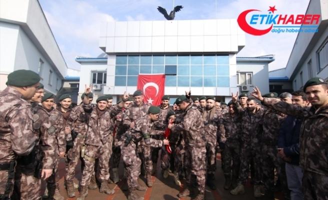 Bingöl'de özel harekat polisleri dualarla Afrin'e uğurlandı