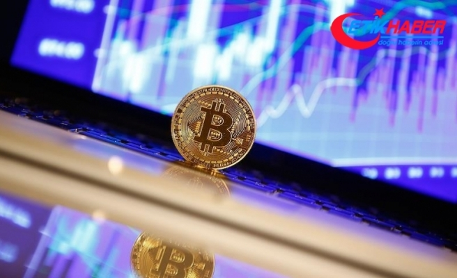 Bitcoin adeta çakılıyor!