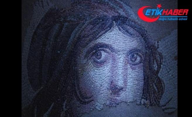 'Çingene kızın' gözlerine ziyaretçi akını