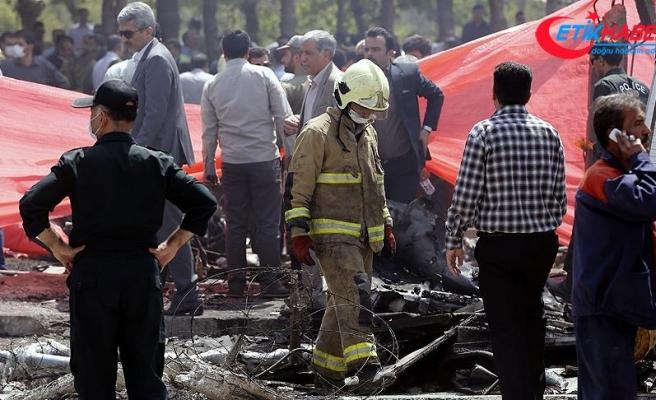 İranda düşen yolcu uçağının enkazı bulundu