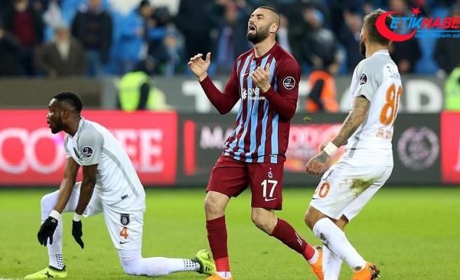 Medipol Başakşehir Trabzon'dan 3 puanla ayrıldı